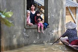 UNFPA hỗ trợ đồ dùng cho người cao tuổi ở 3 tỉnh miền Trung bị ảnh hưởng lũ lụt