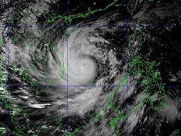 Rạng sáng 28/10, bão số 9 tiến vào vùng biểnĐà Nẵng - Phú Yên