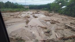 Vụ cứu hộ công nhân Thủy điện Đắk Mi 2: Khoảng 10 người thoát khỏi khu vực bị mắc kẹt