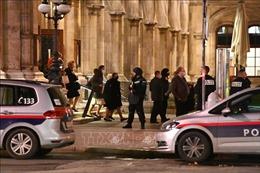 Xả súng tại Áo: Ít nhất một đối tượng tấn công đã tẩu thoát
