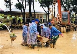 Quảng Trị chung tay khắc phục hậu quả bão lũ để học sinh sớm đến trường trở lại