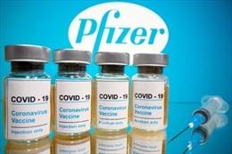 Tổng thống Mỹ Donald Trump công bố thời điểm phân phối vaccinengừa COVID-19