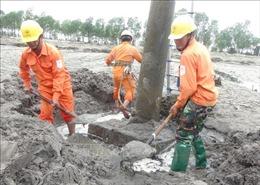 Hơn 20.000 hộ dân Quảng Bình vẫn chưa được cấp điện trở lại