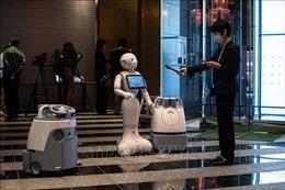 Nhật Bản dự tính sử dụng robot nhắc nhở người dân đeo khẩu trang
