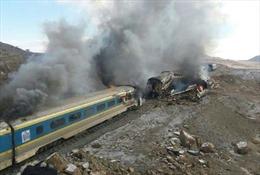 Hai đoàn tàu đâm nhau tại Iran làm ít nhất 23 người bị thương
