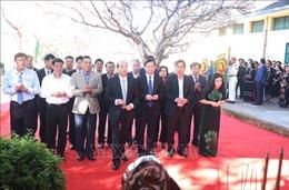 Dâng hương nhân kỷ niệm 80 năm Ngày thành lập Đảng bộ tỉnh Đắk Lắk