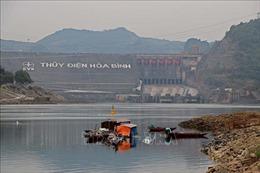 Nâng caonhận thức bảo vệ hành lang hồ chứa thủy điện