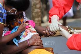 Bệnh nhân COVID-19 sinh 4 tại Sri Lanka