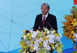 Phó Thủ tướng Trương Hòa Bình thăm, tặng quà Tết tại tỉnh Sóc Trăng