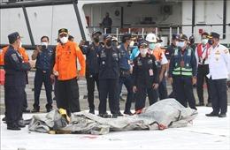 Tổng thống Indonesia chia buồn với các gia đình nạn nhân vụ rơi máy bay