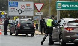 EU xem xét hạn chế di chuyển không cần thiết qua biên giới nội khối