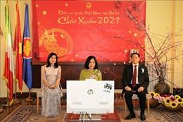 Tết Cộng đồng người Việt trực tuyến tại Italy