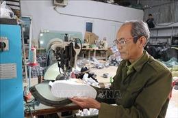 Làng da giày Phú Yên rộn ràng gọi Xuân sớm