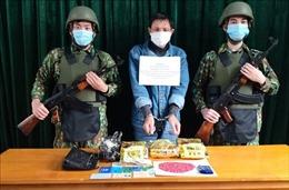 Bắt đối tượng cầm đầu đường dây buôn ma túy ở Quảng Bình