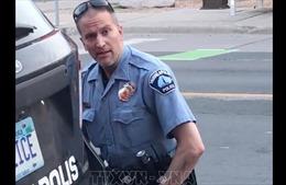 Mở phiên tòa xét xử cựu cảnh sát bị buộc tội giết công dân da màu G.Floyd