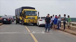 Bình Phước: Xe tải gây tai nạn liên hoàn giữa cầu, quốc lộ 14 ùn tắc gần 1km