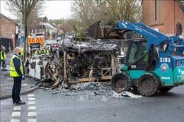 Anh: Bạo loạn tại Bắc Ireland kéo dài sang đêm thứ bảy liên tiếp
