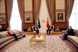 Các lãnh đạo EU hàn gắn quan hệ sau sự cố ngoại giao tại Thổ Nhĩ Kỳ