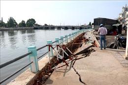 Bình Thuận: Mưa lớn gây sụt lún một đoạn kè khu vực sông Cà Ty