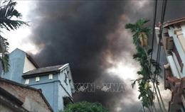 Cháy lớn thiêu rụi xưởng may ở Văn Giang, Hưng Yên
