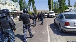 Kyrgyzstan và Tajikistan nhất trí ngừng bắn và tổ chức các nhóm tuần tra chung tại biên giới