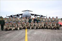 Lính quân y 'mũ nồi xanh'khắc phục khó khăn, hoàn thành sứ mệnh