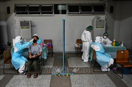 Giáo sư Thái Lan cảnh báo nguy cơ khủng hoảng khi số ca tử vong do COVID-19 tăng mạnh