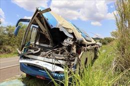 Tai nạn xe buýt tại Pakistan khiến ít nhất 38 người thương vong