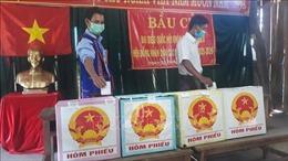 Bầu cử sớm ở làng O2 biệt lập giữa núi rừng