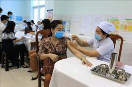 Vĩnh Long, Thái Bình triển khai tiêm vaccine phòng COVID-19
