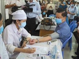 Tiêm vaccine phòng COVID-19 cho công nhân trong các doanh nghiệp ở Cần Thơ