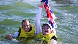 Olympic Tokyo 2020: Nữ VĐV Anh là tay đua thuyền buồm thành công nhất trong lịch sử