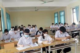 Tạo điều kiện cho học sinh 'mắc kẹt'vì dịch COVID-19 được đến trường