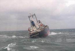 Cứu hộ thành công 18 thuyền viên tàu nước ngoài gặp nạn trên biển Sơn Dương, Hà Tĩnh