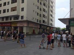 Hà Nội: Gói bưu phẩm bất ngờ phát nổ làm ít nhất hai người bị thương