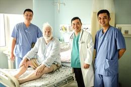 Cứu sống người nước ngoài lớn tuổi bị nhồi máu cơ tim cấp
