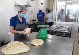 'Thủ phạm' gây ra vụ ngộ độc tập thể là bánh mì chà bông