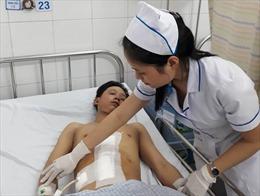 Cứu sống bệnh nhân bị đứt lìa gan do tai nạn giao thông