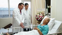Cứu sống luật sư 72 tuổi mắc nhiều bệnh lý và có nguy cơ đột tử