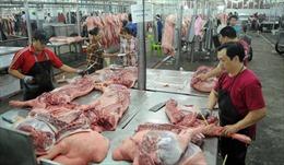Sức mua thịt lợn chợ truyền thống giảm, siêu thị đắt khách