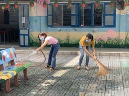 Các trường tất bật dọn dẹp, chuẩn bị đón học sinh trở lại trường