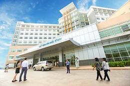 Lấy mẫu xét nghiệm COVID-19 tất cả nhân viên Bệnh viện Quốc tế City