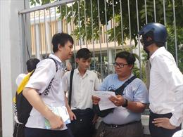 Thí sinh TP Hồ Chí Minh  bối rối với cách tính năm theo Can- Chi ở đề thi Toán