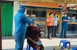 TP Hồ Chí Minh: Lấy mẫu xét nghiệm tất cả người về từ 4 địa phương đang có dịch