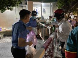 Ba bệnh viện và một phòng khám TP Hồ Chí Minh tạm ngưng hoạt động vì bệnh nhân COVID-19 đến khám