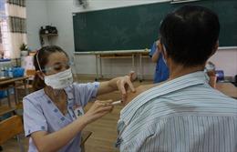 TP Hồ Chí Minh tìm người đến điểm tiêm ở quận Phú Nhuận và Gò Vấp