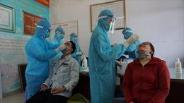 TP Hồ Chí Minh phát hiện 106 trường hợp mắc COVID-19 qua sàng lọc tại cơ sở y tế và cộng đồng
