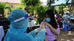 TP Hồ Chí Minh phân bổ thêm 54.700 liều vaccine Astra Zeneca về các quận, huyện