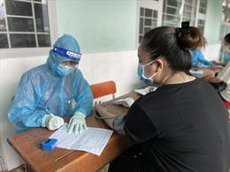 TP Hồ Chí Minh đẩy nhanh tiến độ tiêm phủ vaccine để từng bước khôi phục kinh tế