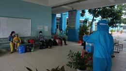 TP Hồ Chí Minh: Số ca nhập viện đã ít hơn số bệnh nhân xuất viện